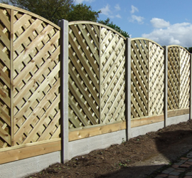 Smooth finish-bow top fence